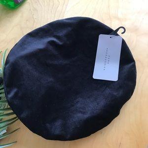 Zara | beret velvet hat